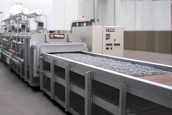 Teknoaustral - Continuous mesh belt oven for screws coating drying